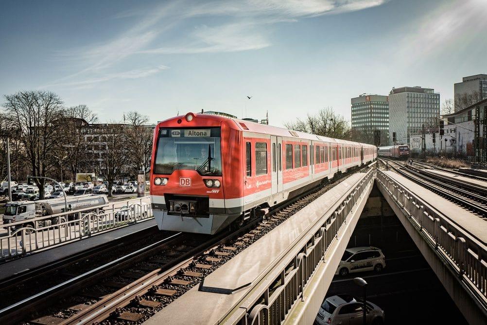 Hamburg: S-Bahn lässt 15 Kilometer der Strecke einzäunen