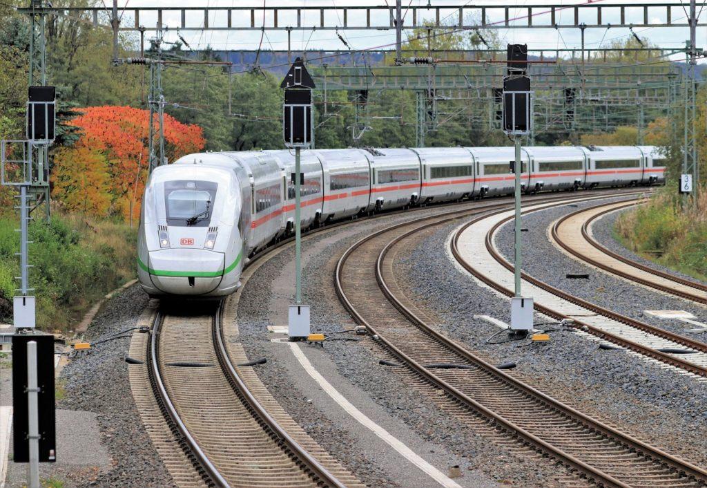 Deutsche Bahn: ICE 4 soll künftig schneller fahren