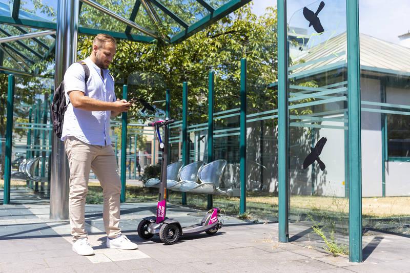 Mönchengladbach: E-Scooter der NEW lassen weiter auf sich warten