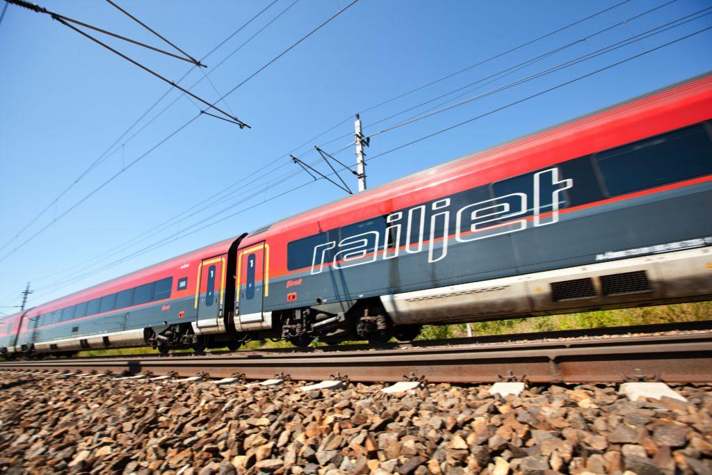 Bahn: Gilt die Zugbindung auch in Österreich?