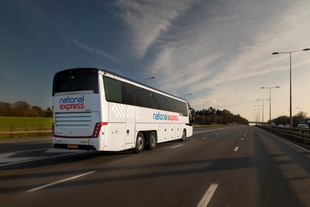 Fernbus: National Express plant Fusion mit Stagecoach
